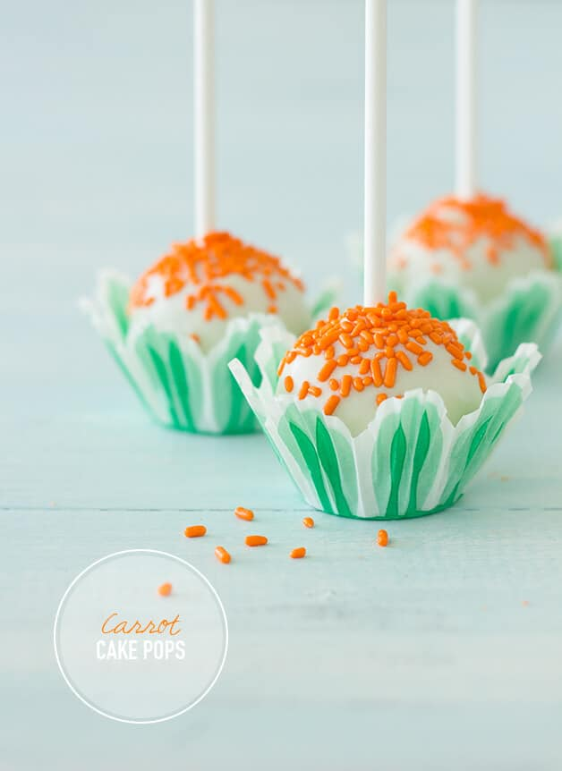 Carrot Cake Pops - Cake pops you would love to taste and that will tempt you to new adventures in the baking area! More at http://glamshelf.com