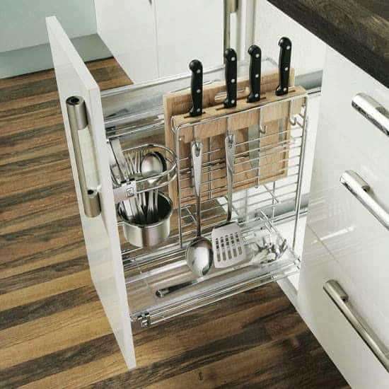 With no further a due, here are 47 kitchen organization ideas that will make you love your kitchen even more and for you to have a well-organized kitchen! For more awesome ideas, please check http://glamshelf.com .